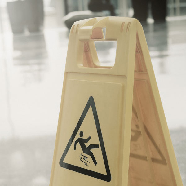 Tony Lafazanis - Personal Injury Lawyer - Toronto - Slip and Fall Accidents